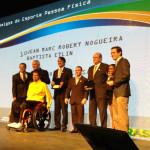 Prêmio Empresa Amiga do Esporte 2013 entrega de prêmio para Jean Etlin